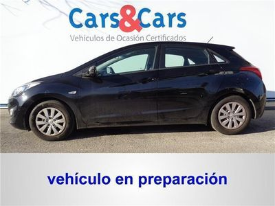 usado Hyundai i30 1.6 CRDi 110cv BlueDrive Klass