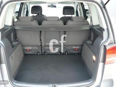 usado VW Touran 1.6TDI Advance DSG 105