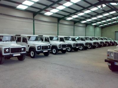 used Land Rover Defender 92000 KMS.