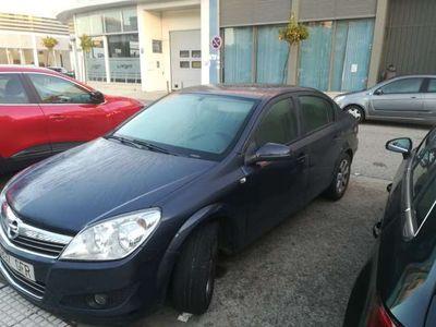 gebraucht Opel Astra Sedán 1.6 Enjoy
