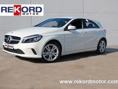 usado Mercedes A200 200 d 7G-DCT URBAN-NAVI-FAROS LED-