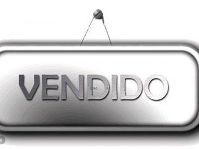 used Volvo V40 D3 Momentum 150 CV Techo Panorámico- Navi.