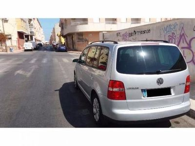 usado VW Touran 2.0 TDI DSG TRENDLINE -04
