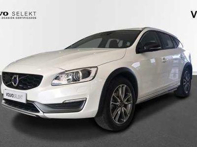usado Volvo V60 CC D4 AWD Momentum Automático