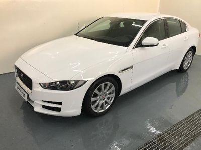 usado Jaguar XE 2.0D 180PS PURE 180 4P