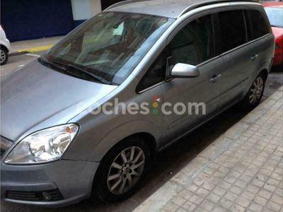 usado Opel Zafira 1.9cdti Enjoy 120 120 cv en Valencia
