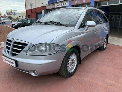 usado Ssangyong Rodius 270 Xdi Premium 165 165 cv en Valencia