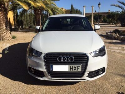 usado Audi A1 1.6 TDI 90cv Attraction -14