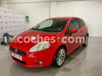 usado Fiat Grande Punto 1.4 Sport 95 95 cv en Madrid
