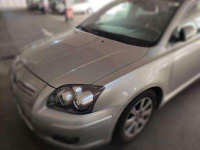 usado Toyota Avensis 1.8 Sol Aut.