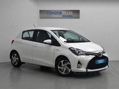usado Toyota Auris Hybrid Active