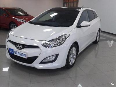 usado Hyundai i30 Cw 1.6 Crdi 110cv Tecno S Sky 5p. -12