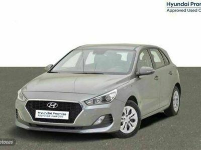 usado Hyundai i30 - 18 km 1.4 MPI Essence 100