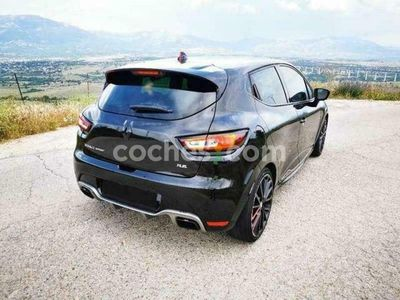 usado Renault Clio R.S. 1.6 Energy Trophy Edc 162kw 220 cv en Madrid