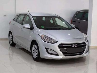 usado Hyundai i30 CW 1.6CRDi Go Brasil Plus Nav