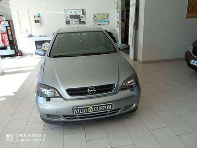 usado Opel Astra Coupé 2.2DTI Bertone Edition