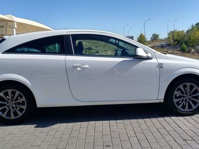 usado Opel Astra GTC 1.7CDTi 111Years 110