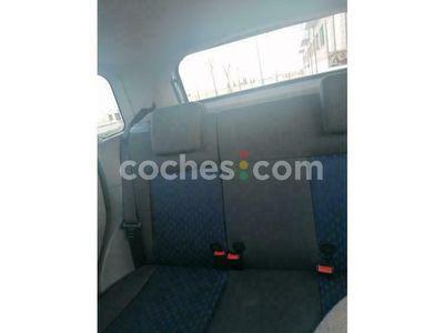 usado Ford Fiesta 1.4 Ghia 80 cv en Valladolid