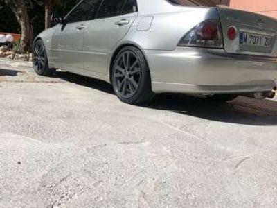 usado Lexus IS200