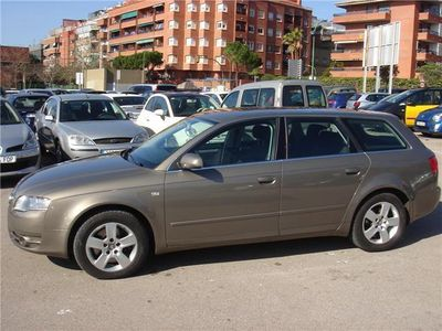 usado Audi A4 Avant 3.0TDI quattro Tiptronic 233