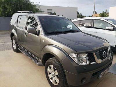 usado Nissan Pathfinder 2.5dCi LE Aut.