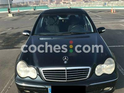 usado Mercedes C270 Clase CCdi Avantgarde 170 cv en Alava
