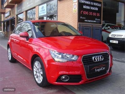 usado Audi A1 1.6 TDI 90cv Attraction