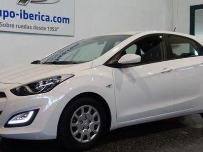 usado Hyundai i30 año 2015 8500 KM