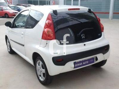 usado Peugeot 107 1.0i Trendy 68cv