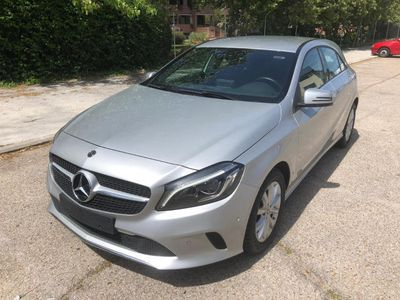 usado Mercedes A200 7G-DCT (4.75)