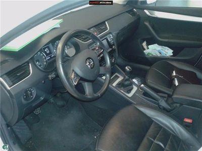 usado Skoda Octavia Combi 1.6TDI CR Elegance 105CV!!