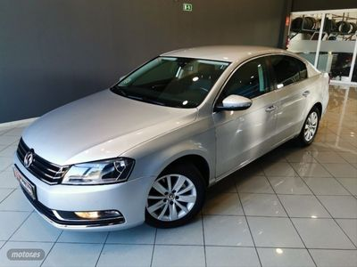 usado VW Passat 2.0 TDI 140 DSG Advance BlueMotion Tech