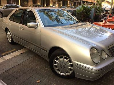 gebraucht Mercedes E240 Familiar Elegance