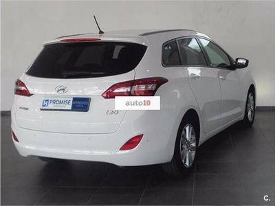 usado Hyundai i30 cw Diésel 1.6CRDi Go