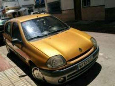 usado Renault Clio Eléctrico