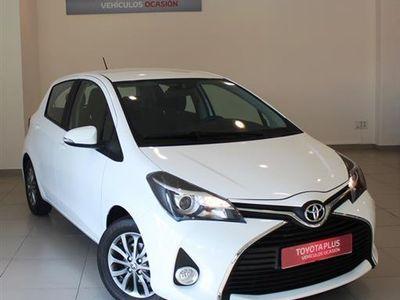 usado Toyota Yaris 1.3 Active (PVP FINANCIADO)