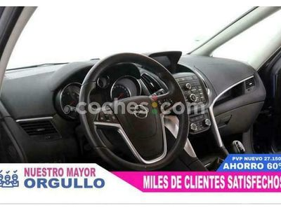 usado Opel Zafira Tourer 1.4 T S-s Selective 140 cv en Madrid
