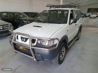 usado Nissan Terrano 2.7 TDi Sport 5p