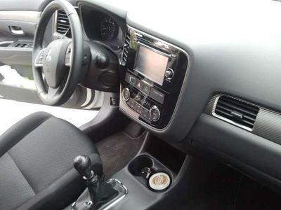 used Mitsubishi Outlander 220DI-D Motion 4WD