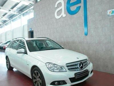 usado Mercedes C220 2012 56216 KMs en buen estado