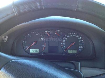 usado VW Passat 1.9 Tdi Highline 4p. -99