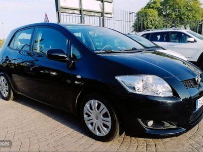 usado Toyota Auris 1.4 VVTi Luna