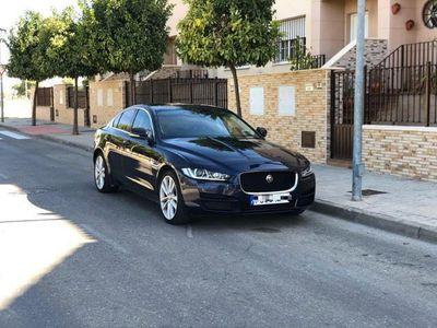 usado Jaguar XE 2.0 Diesel Prestige AWD Aut. 180