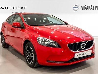 used Volvo V40 2.0 D3 Momentum Auto