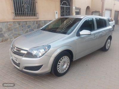 usado Opel Astra 1.3 ecoFLEX Essentia