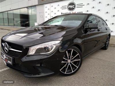 usado Mercedes CLA220 Shooting Brake Clase CLA CDI Aut.