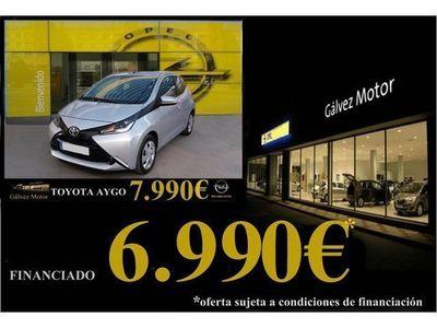 usado Toyota Aygo 1.0 VVT-i x-play Business