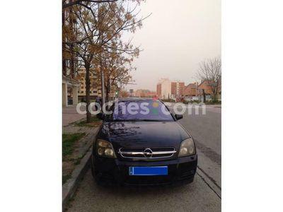 usado Opel Vectra 1.9cdti 16v Elegance 150 cv en Madrid