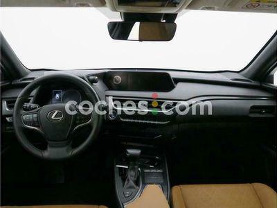 usado Lexus UX Ux250h Executive Navigation 2wd 184 cv en Barcelona