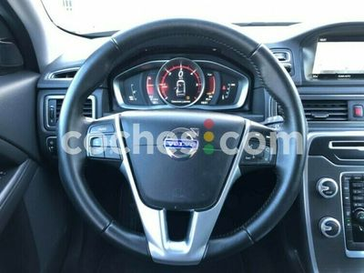usado Volvo XC70 Xc70D4 Momentum Awd Aut. 181 181 cv en Castellon
